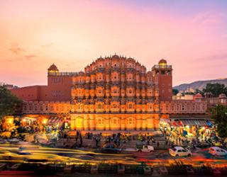 Amritsar to Jaipur Taxi Rentals